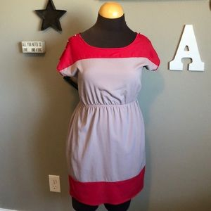 (Soprano) Cute Dress!